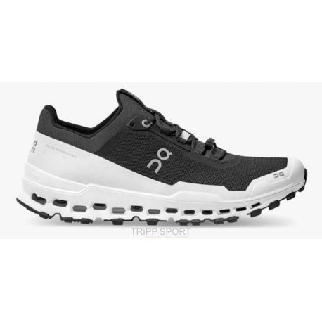 on running CLOUDULTRA BLACK/WHITE (HOMME)